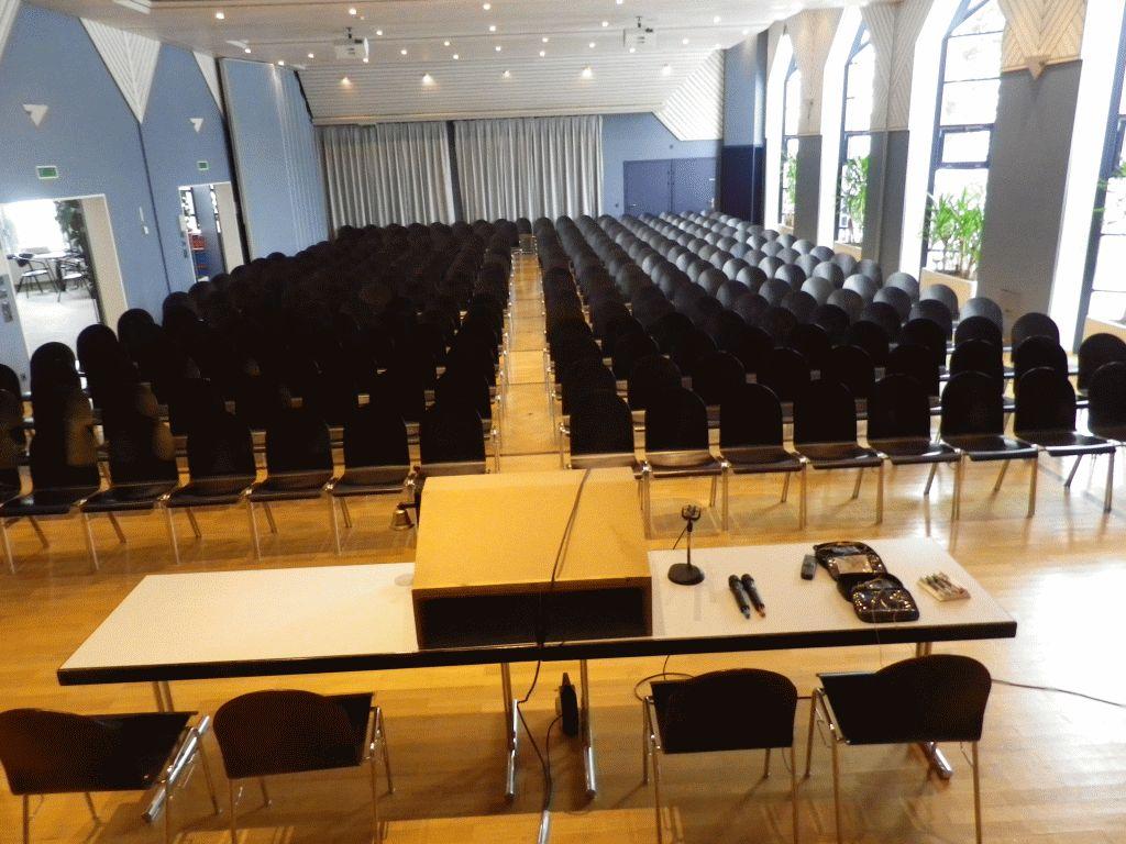 Geissbergsaal Wolfhausen - Gemeinde Bubikon - 2reserve ...